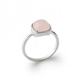 Bague en argent avec un cabochon carré en quartz rose